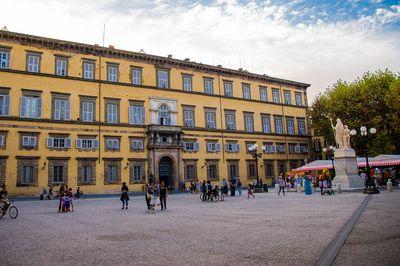 Napoleon square Lucca